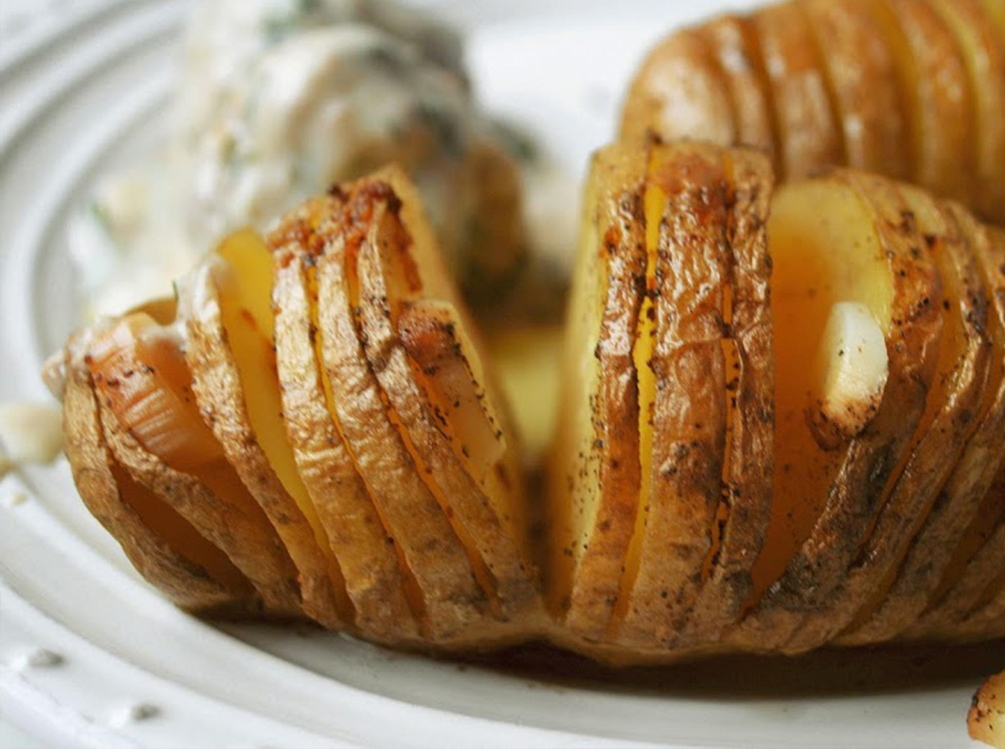 Pieczone ziemniaki w mundurkach