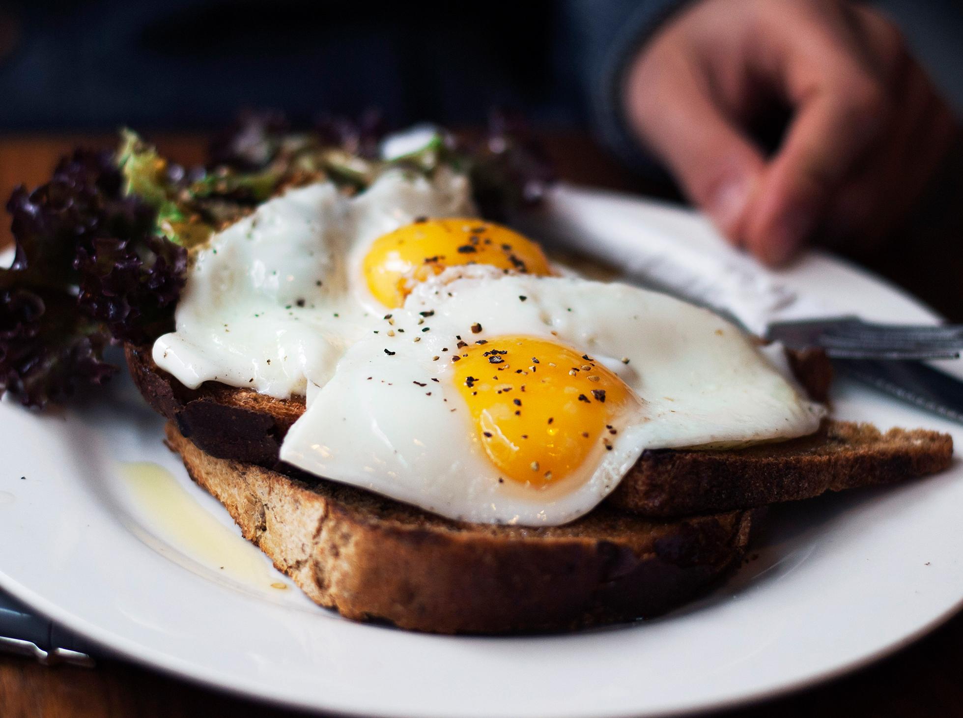 Tradycyjne angielskie śniadanie british breakfast