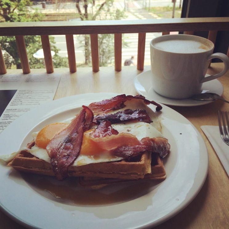 Hello Wrocaw! waffles bacon wroclaw di