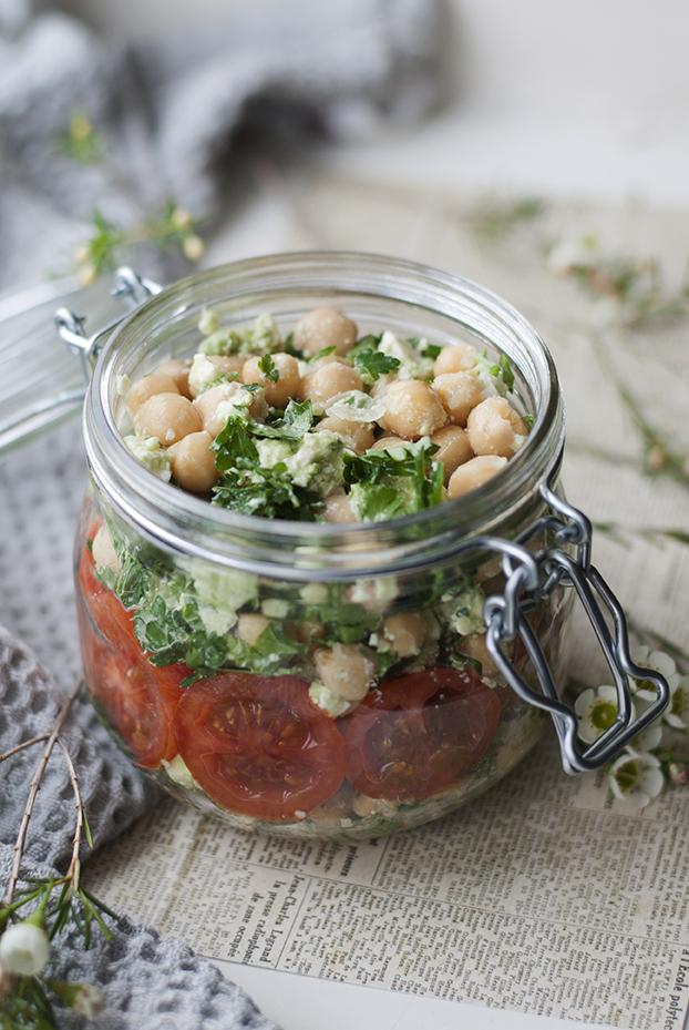 Pomysly na lunch salatka z ciecierzyca