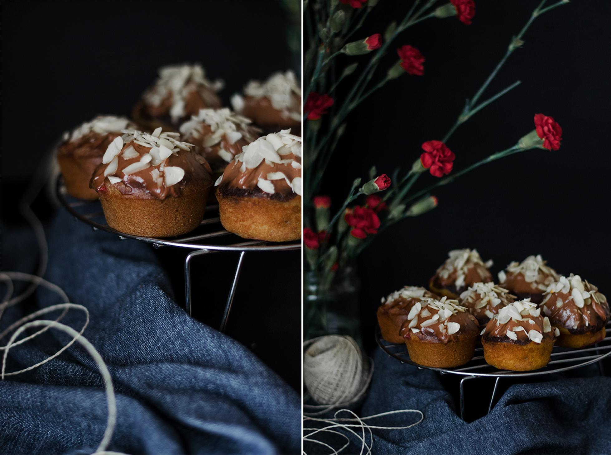 Truskawkowe muffinki z kremem czekoladowym
