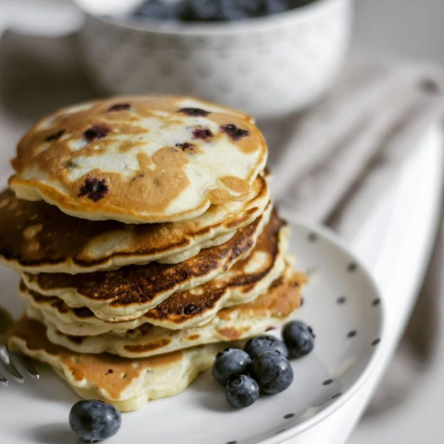 Hello! takasobota niadanie sodko pancakes naleniki fotografiakulinarna borwki pysznie poranekhellip
